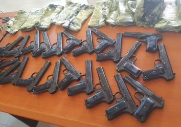 Ethiopian police impound over 150 pistols from Somalia at its border