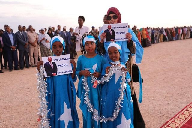Girls in Dhuusa Mareeb