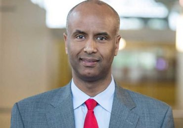 First Somali Canadian immigration minister runs for MP