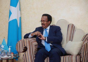 Madaxtooyada Somaliya oo sheegtay in qaar ka mid ah Madaxda Caalamka ay Tacsi u soo direen M/weyne Farmaajo