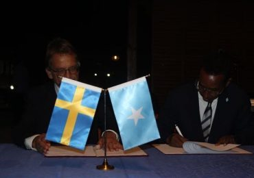 Somalia and Sweden sign MoU on diplomatic staff training