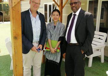 DAAWO SAWIRRO: Wasiir Goodax Barre oo Muqdisho kula kulmay Wafdi ka socda Hay'adda UNICEF