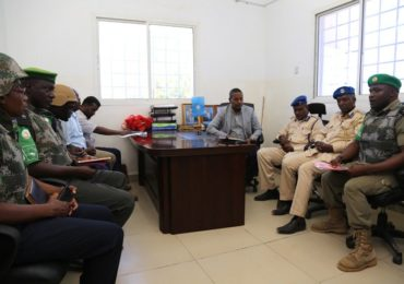 AMISOM donates office equipment to Southwest State police stations