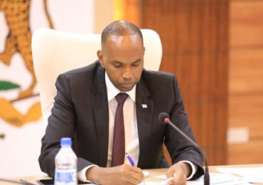 Somali PM suspends World Bank funded project for further review